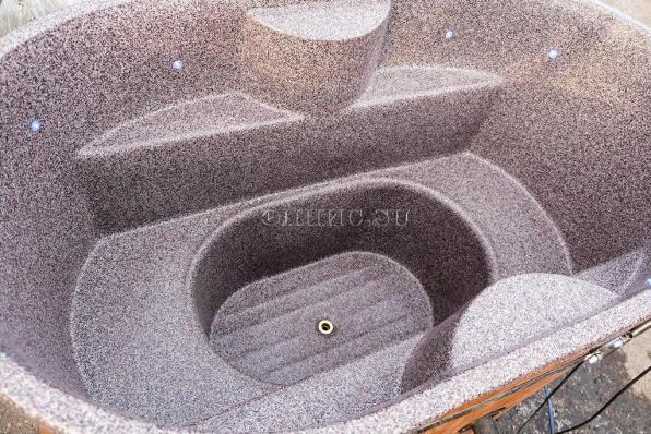 Купель с пластиковой вставкой (овальная)
